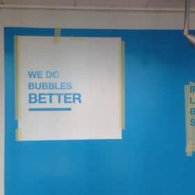 Toimiston pintaremontti slogan seinällä SPB Group Helsinki Oy