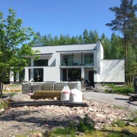 Terassi ja uima-allas rakennuttaminen SPB Group Helsinki Oy