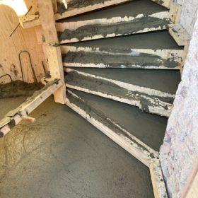 betonivaletut portaat kuivumassa SPB Group Helsinki Oy