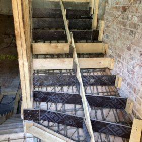 betonivaletut portaat ja tasanne muottien rakentaminen SPB Group Helsinki Oy