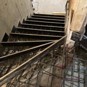 portaiden betonivalun muotitus SPB Group Helsinki Oy