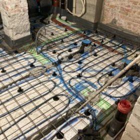 rakennuskohde lattialämmityskaapelointi huonejako merkattu