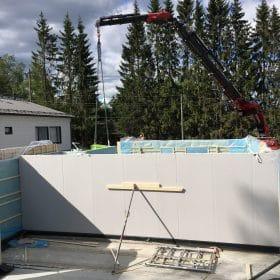 Omakotitalon rakennustyömaa SPB Group Helsinki Oy